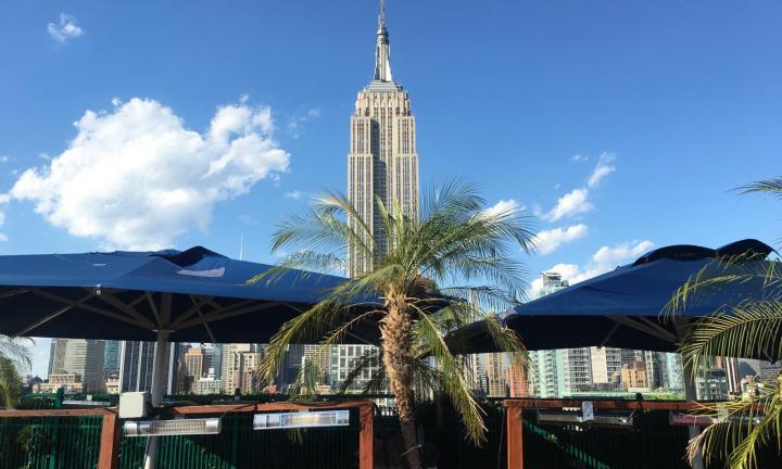 230-fifth-rooftop-bar-161216162522001-1600x960.jpg